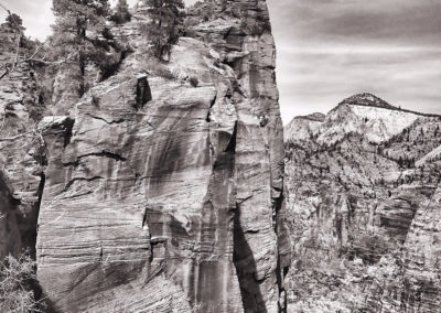 angels_landing_bw